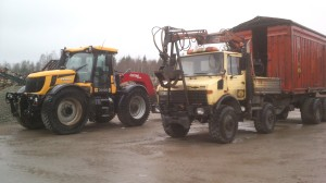 JCB Fastrac och Unimog U1600