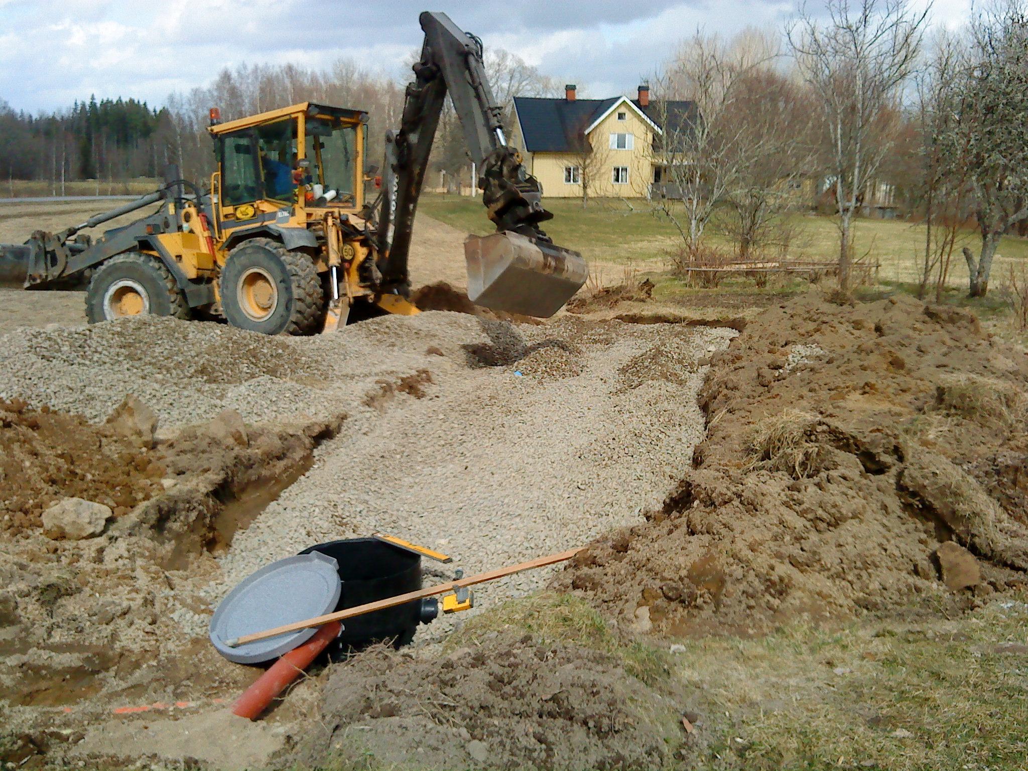 Volvo-EL70C-grävning-av-avlopp